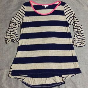 🌻Charming Charlie Long Tunic striped Blouse